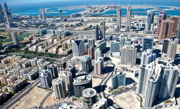 الإمارات تتوقع رفعها من قائمة الاتحاد الأوروبي السوداء للضرائب