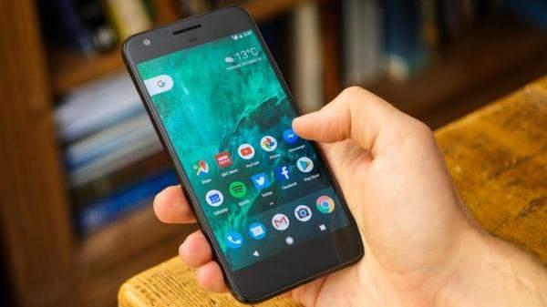 """هواتف """"Google Pixel"""" العاملة بنظام الأندرويد تتلقى تحديثاً جديداً"""