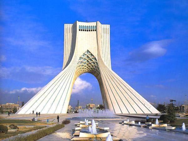ايران الثالثة عالميا في مجال الطاقات التنقيبية للنفط والغاز