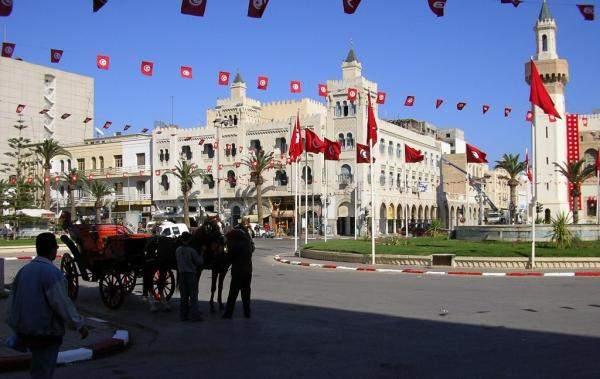 تونس توقع مع البنك الإسلامي للتنمية اتفاقيتي ضمان لتمويلات تجارية