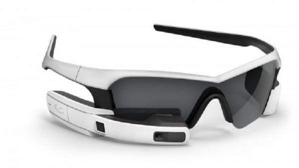 """هذه تفاصيل حول نظارات """"آبل"""" الذكية وشاشات """"OLED"""" لهواتف """"اَيفون 8"""""""