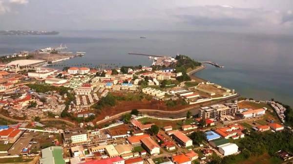 استئناف شحنات البوكسيت من بلدتين في غينيا بعد توقفها بفعل أعمال شغب