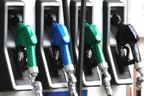 التقرير اليومي 21/11/2017: خاص: إرتفاع المازوت 200 ليرة والبنزين 300 ليرة لبنانية
