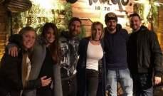 ميسي وعائلته يزورون مطعم سواريز