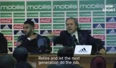 مدرب منتخب الجزائر يهاجم احد الصحافيين بسبب محرز
