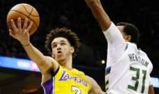 لونزو بول يصبح اصغر لاعب يسجل 3 ارقام مزدوجة في NBA