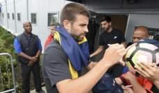 بيكيه سيكشف عن تفاصيل بقاء نيمار مع برشلونة