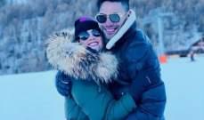 راداميل فالكاو مع زوجته على الثلج