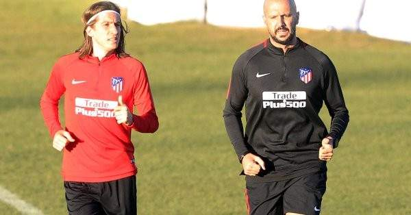 فيليبي لويس يستعد لمواجهة ريال مدريد