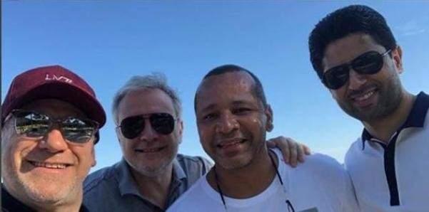 نيمار مع الخليفي ووالده في البرازيل