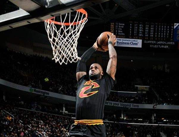 NBA: سان انطونيو يسحق اورلاندو وبروكلين يسقط للمرة ال15 على التوالي