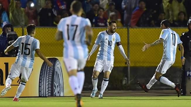 """آخر ما سمعه لاعبي المنتخب الأرجنتيني """"علينا إيصال ميسي الى روسيا"""""""