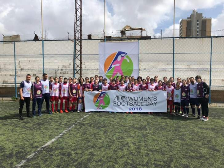 الكرة النسائية تحتفي باليوم العالمي للمرأة