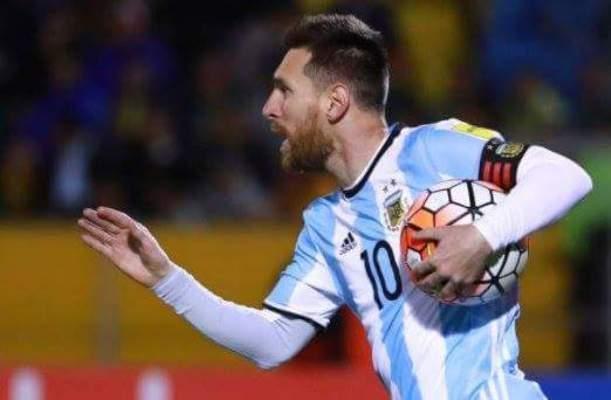 مارادونا سعيد بوصول الارجنتين الى كاس العالم